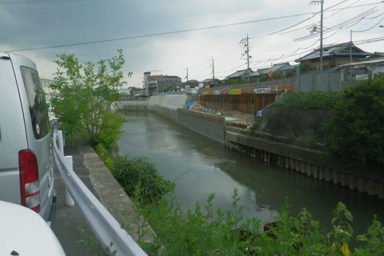 西羽束師川護岸改修(その5)工事